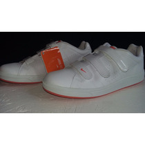 Zapatillas Nike Court Tradition Velcro.