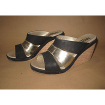 Sandalias Tipo Suecos Color Negro Y Dorado