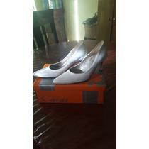 Zapatos De Vestir Marca Caras Blancos N° 36 Buen Estado