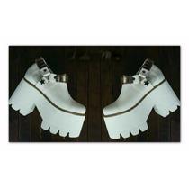 Botas Blancas Importadas Con Tachas Extra Plataforma