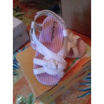 Sandalias Nenas Blancas $200