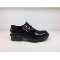Zapato Bajo Tipo Guillermina Charol Negro #1551 Natacha Fw16
