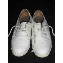 Zapatos Acolchados Con Cordones Blancos San Crispino.