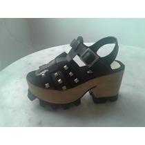Zapato- Sandalia Con Plataforma Base Madera-negro Con Tachas