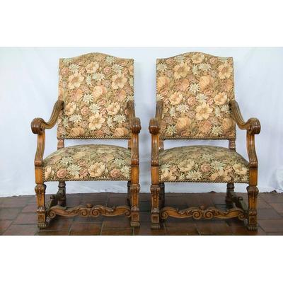 Antiguo par de sillones espa oles tapizados impecables for Sillones antiguos tapizados