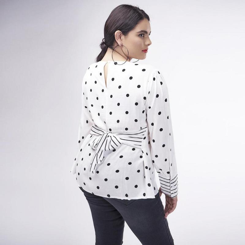 Blusa Blanca Con Lunares 017254