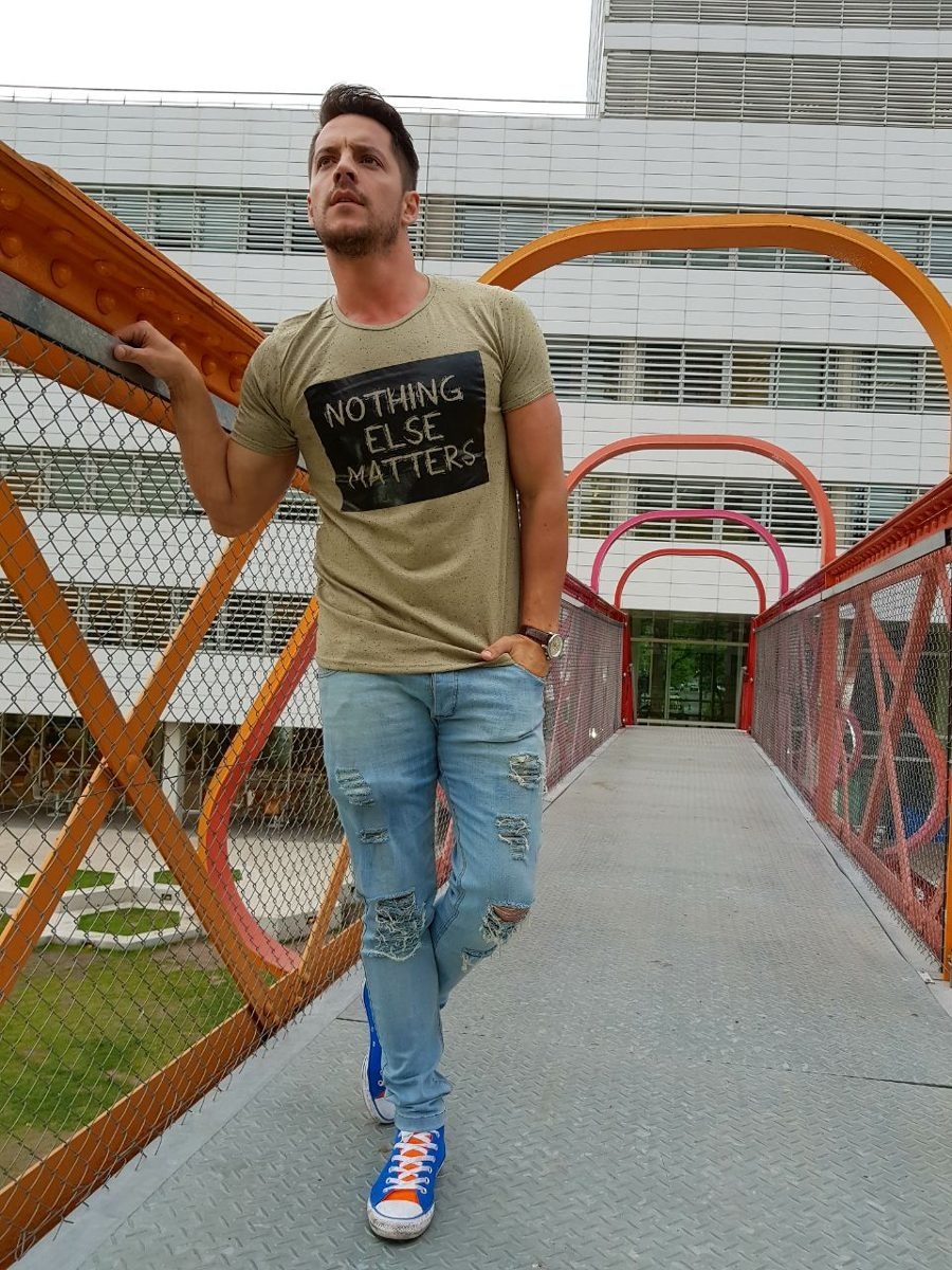 Remera Nothing Else Matters
