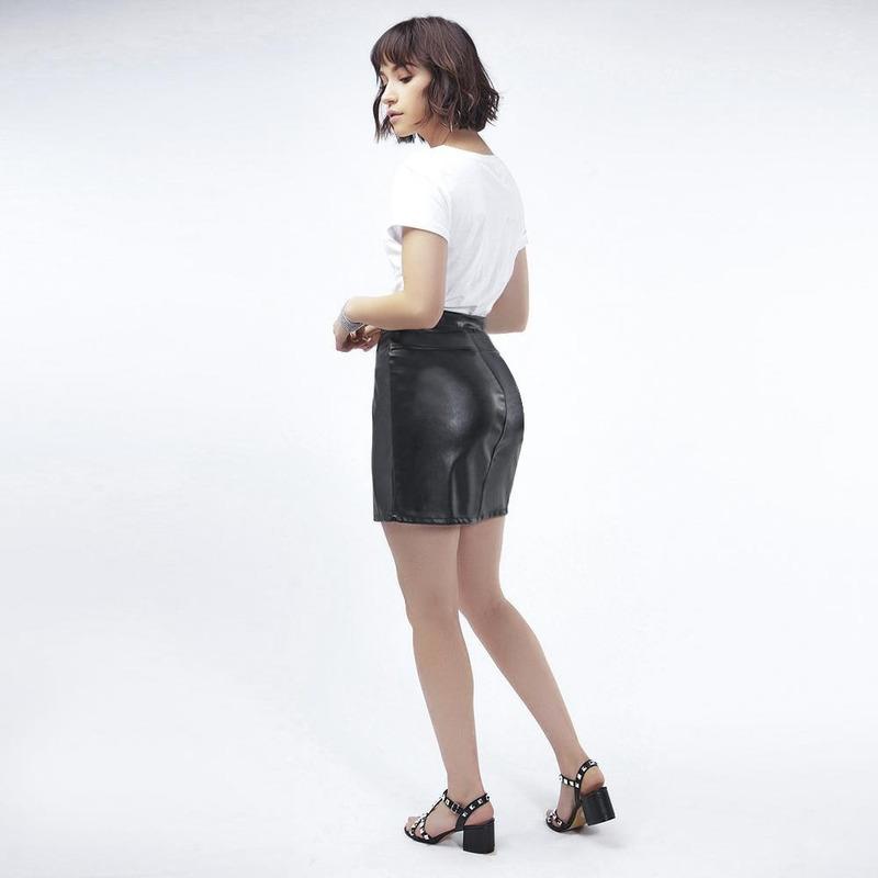 Falda Negra De Piel Con Cierre 019451