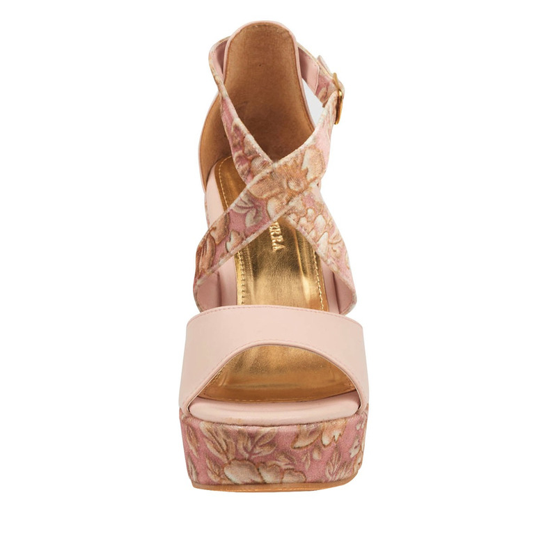 Sandalia tacón rosa estampada 016503
