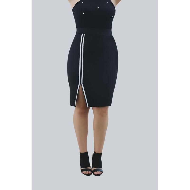 Blusa Negra Con Perlas  019443