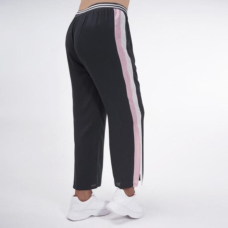 Pantalón Negro Con Linea Blanca Y Rosa 019440