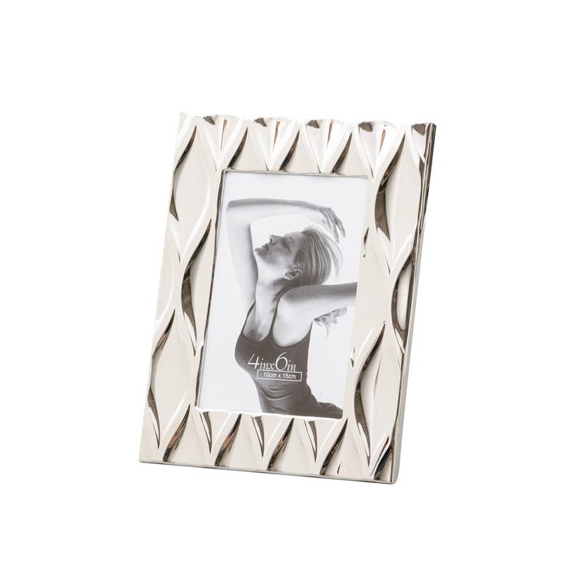 Porta Retrato De Aço Niquelado Diamond 13X18Cm 4103650