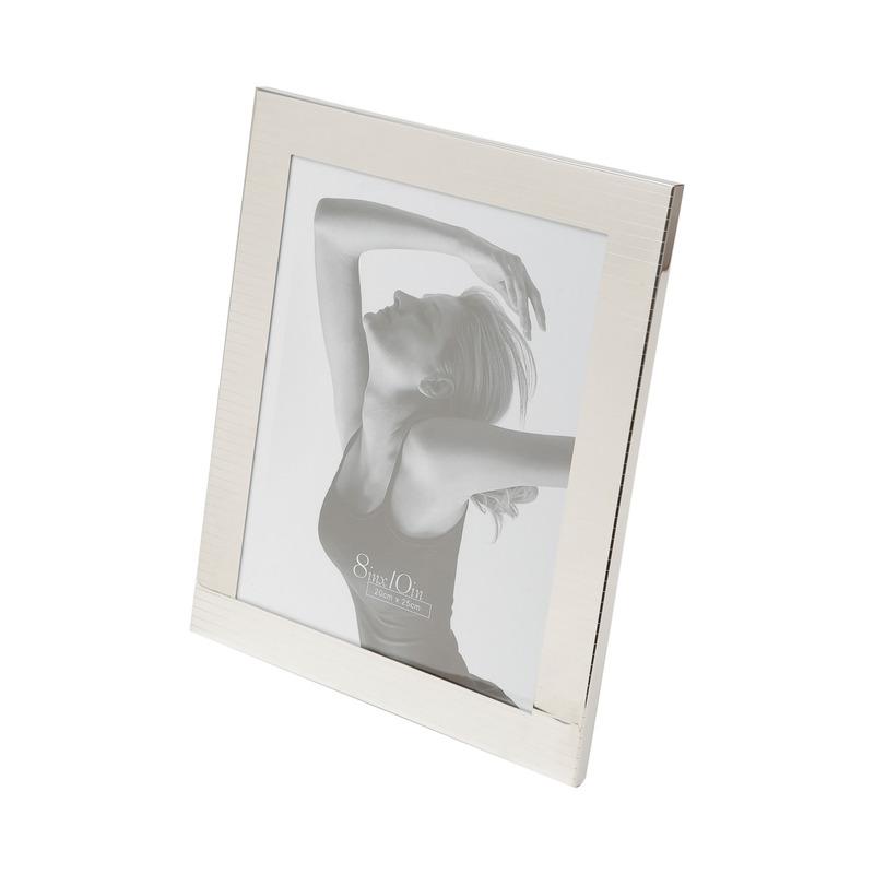 Porta Retrato De Aço Prateado 20X25 Cm 3107925