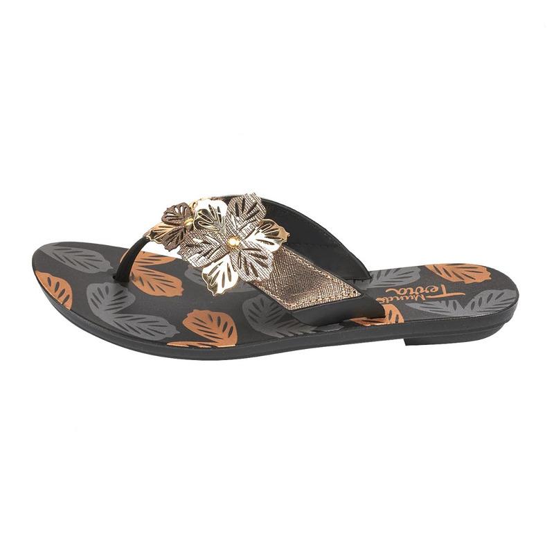 Sandalia piso negra broches 017369