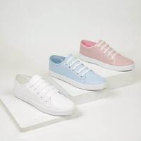 Combo sneakers blancos, rosas, azules 016541