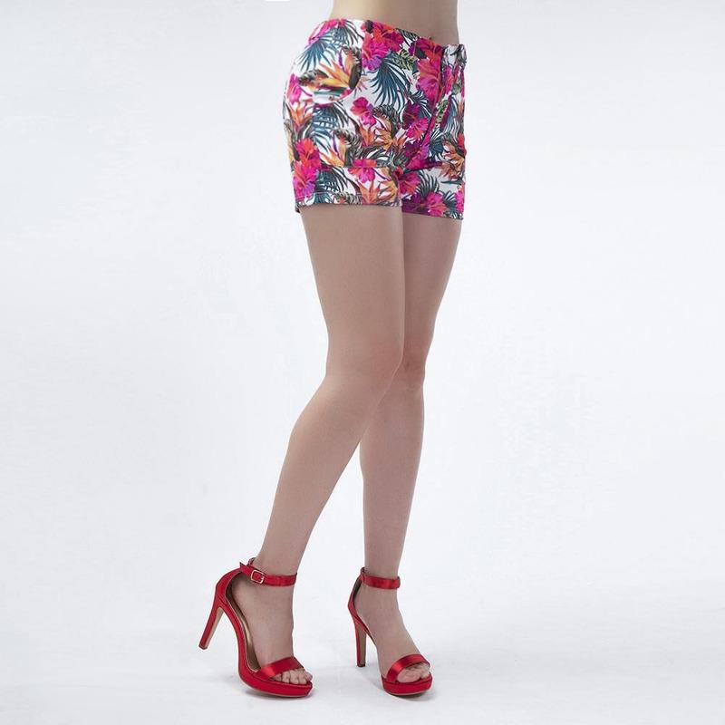 Short Con Estampado Floral 019532