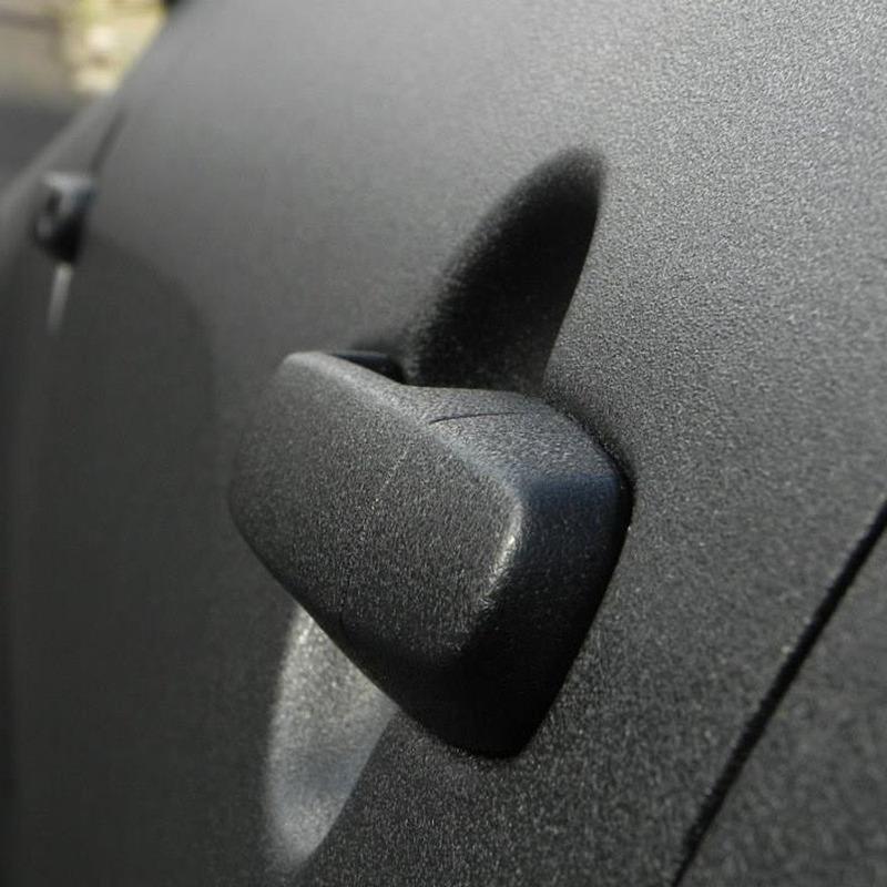 Adesivo para envelopamento automotivo krusher black larg. 1,38 m