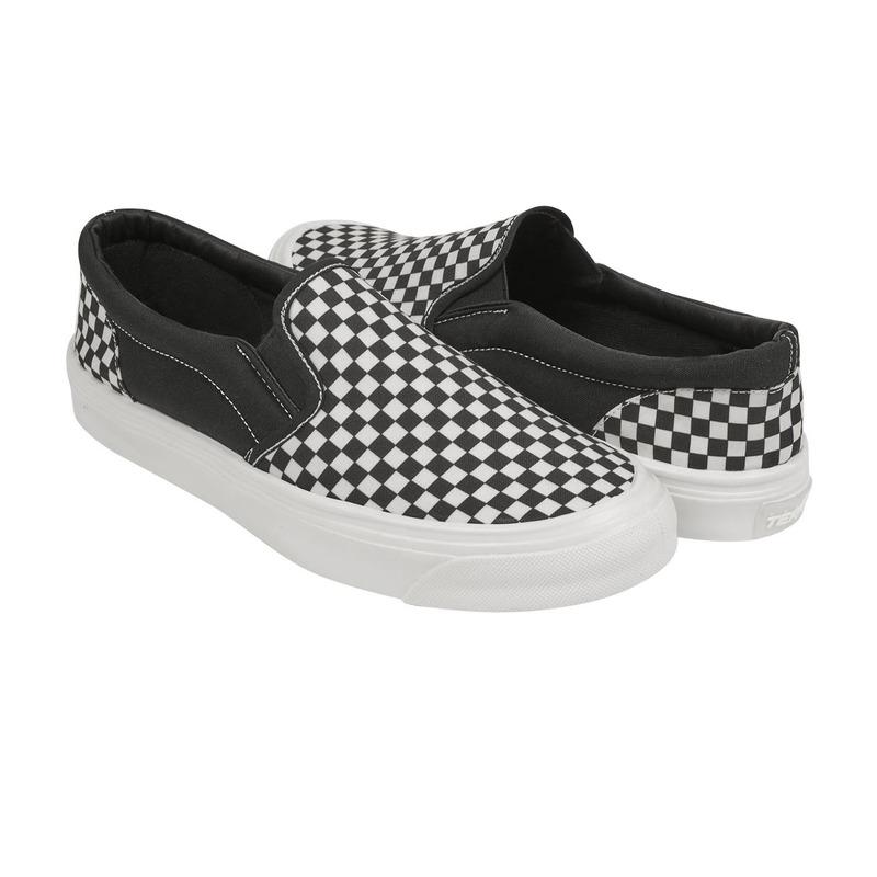 Sneakers negros con blanco a cuadros 018644