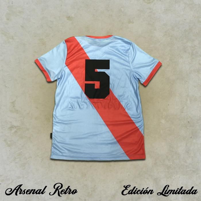 Camiseta Retro - Oscar Jorge Ros