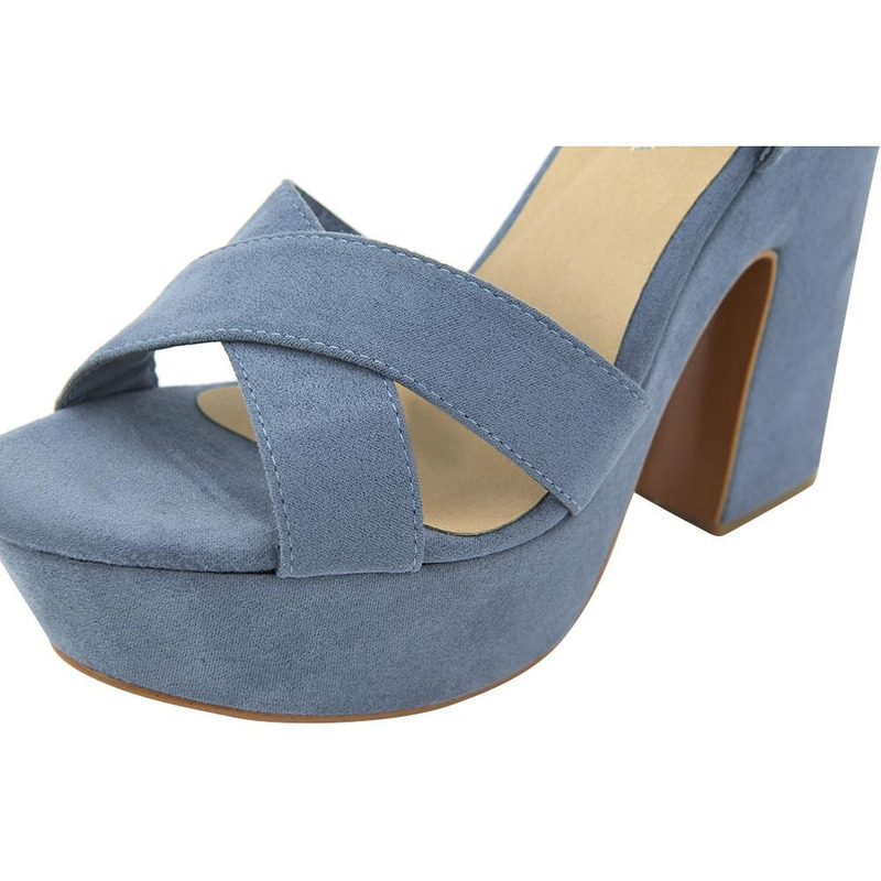 Sandalia De Tacón Azul Con Pulsera Y Correas 020306