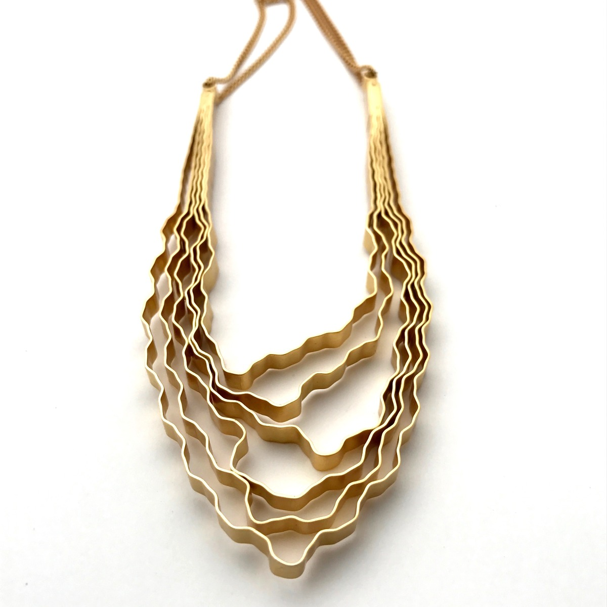 Bosque Collar Dije U - Baño de Oro