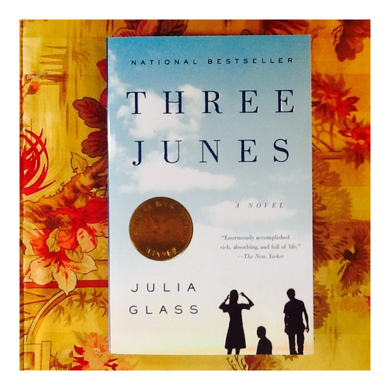Julia Glass.  THREE JUNES.