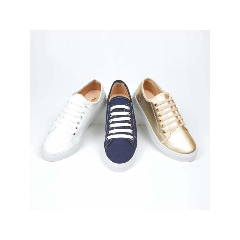 Combo sneakers blanco, dorado, negro 016361