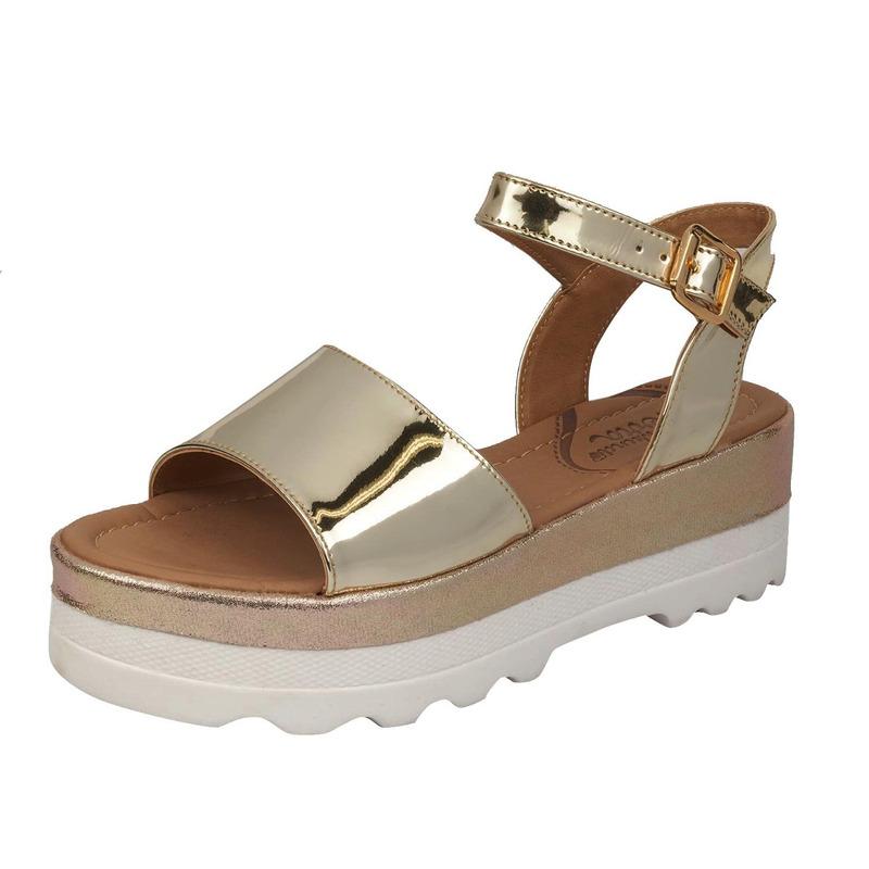Sandalia plataforma dorada 015824