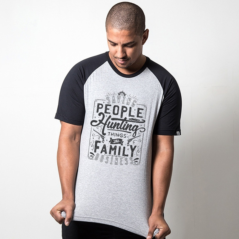 CAMISETA RAGLAN CINZA - THE FAMILY BUSINESS