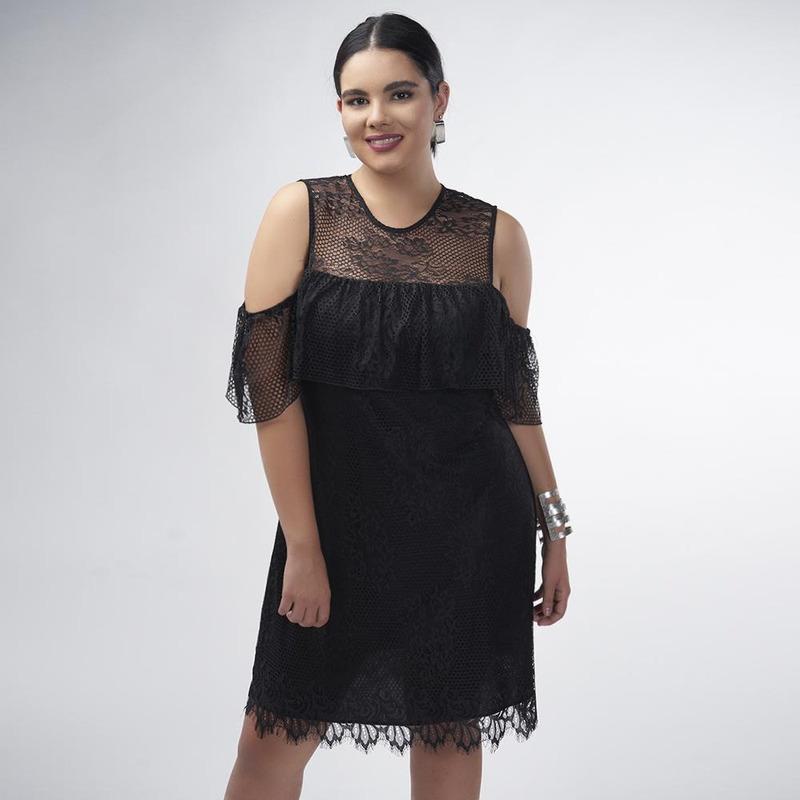 Vestido Negro Con Hombro Descubierto 017360
