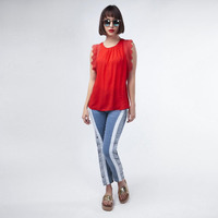 Blusa Roja Con Textura 017305