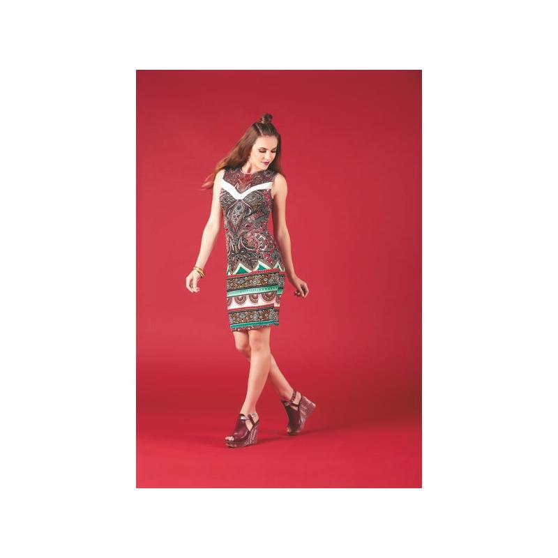 Vestido corto multicolor sin manga 007198