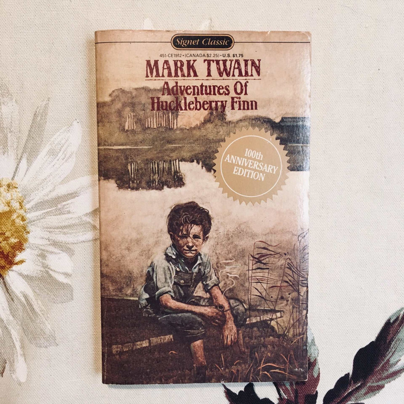 Mark Twain. THE ADVENTURES OF HUCKLEBERRY FINN.