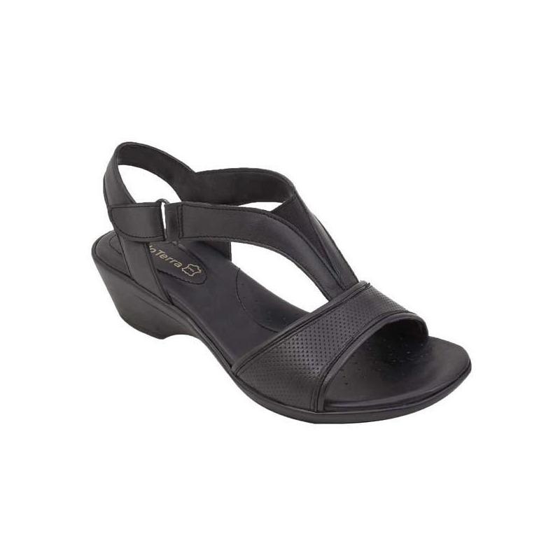 Sandalia plataforma negra con pulseras 017256