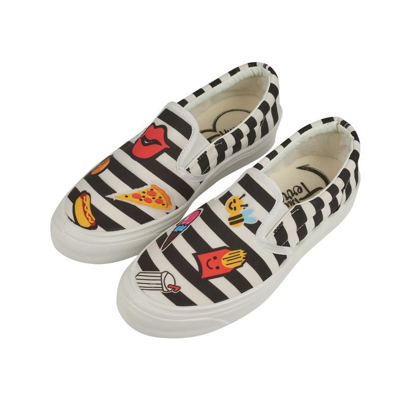 Sneakers a rayas blanco con negro estampados 017342