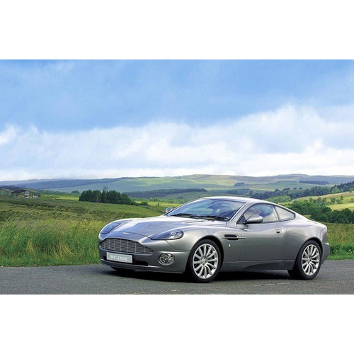 2016 Aston Martin Vanquish Camshaft: Aston Martin Vanquish Carbon White