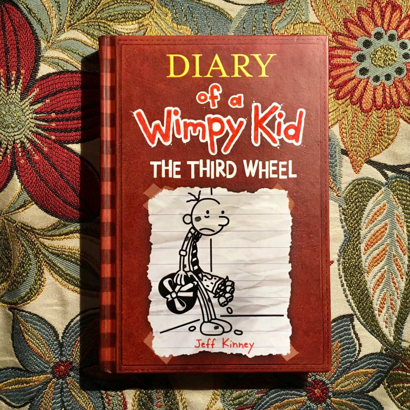 Jeff Kinney.  DIARY OF A WIMPY KID: THE THIRD WHEEL.