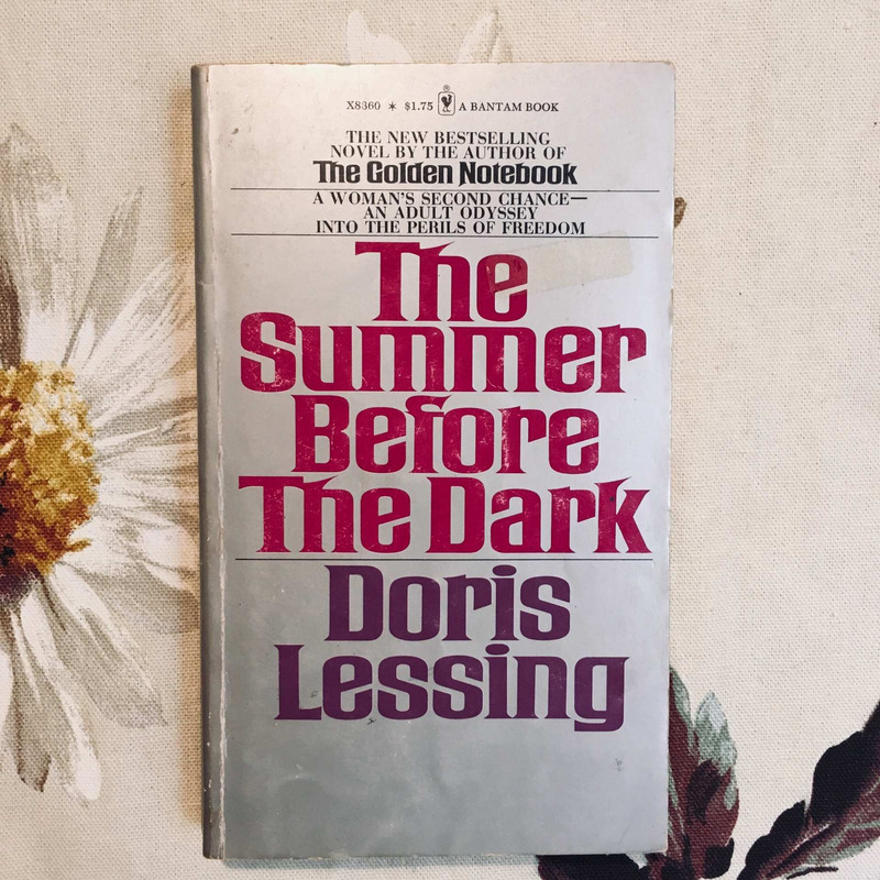 Doris Lessing. THE SUMMER BEFORE THE DARK.