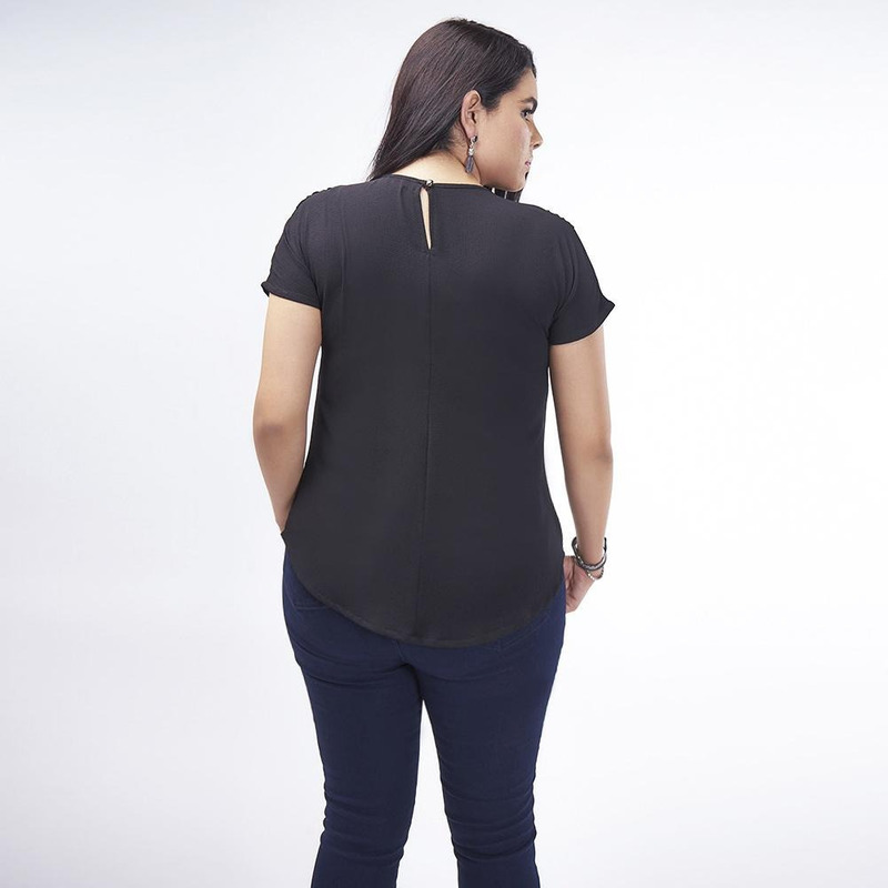 Blusa Negra Hombros Con Pedreria 019444