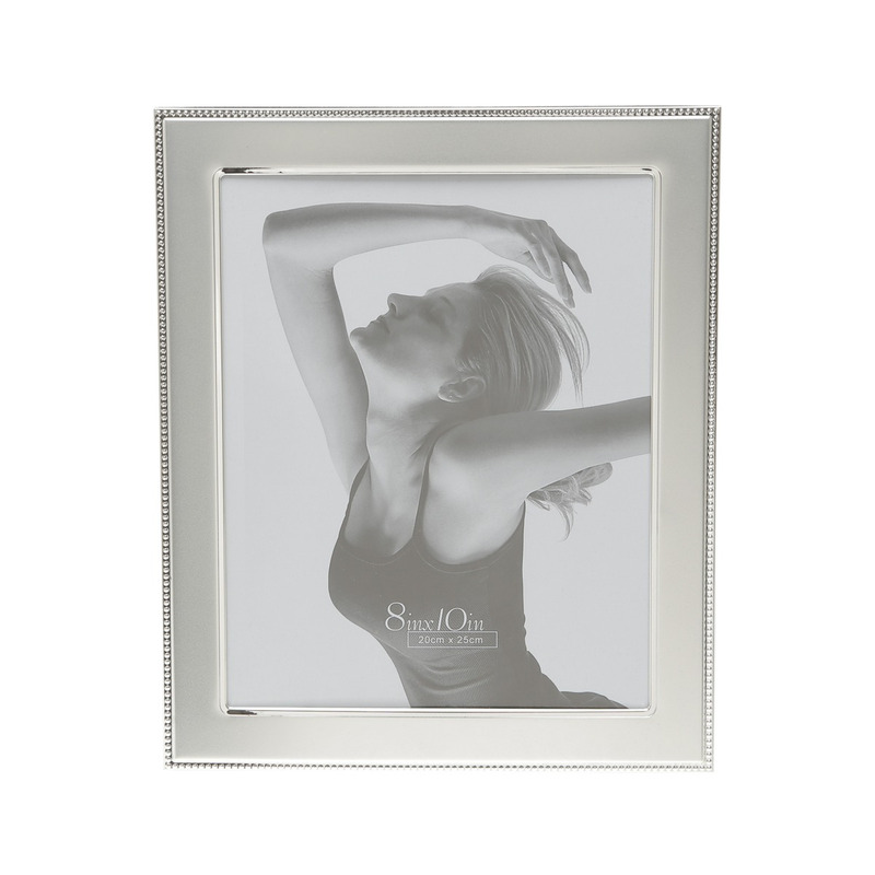 Porta Retrato De Aço Prateado 20X25 Cm 3107914