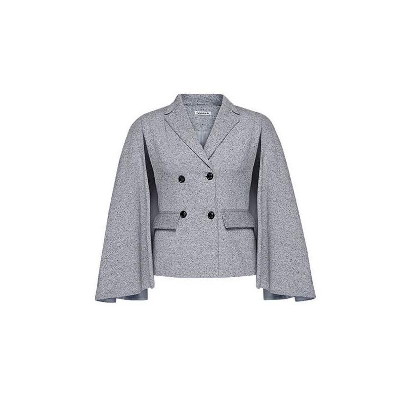 Saco gris con capa 012118