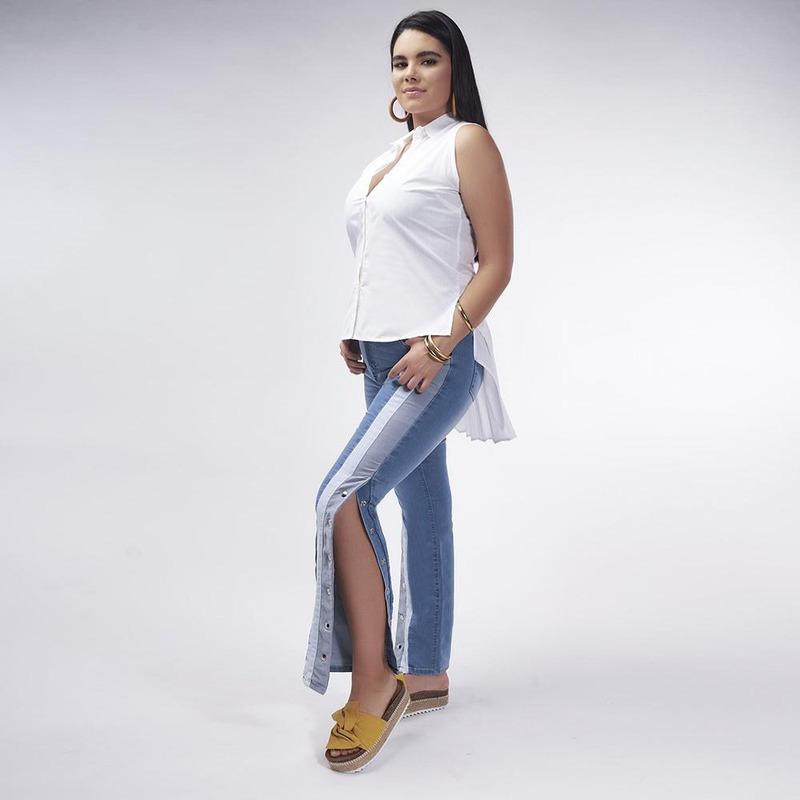Pantalón Mezclilla Con Linea Gris Y Blanca 019401