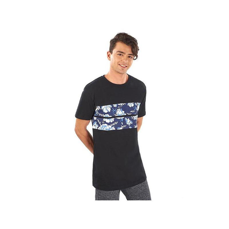 Camisa negra estampada manga corta 014628