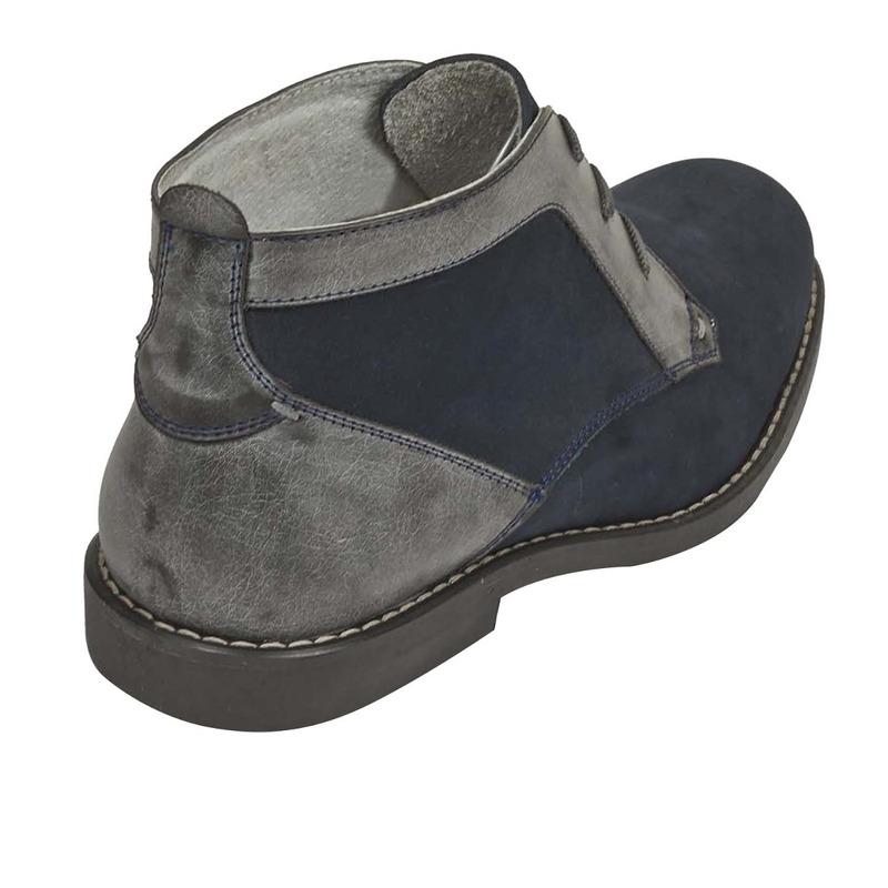Botín gris textura agujetas 018750