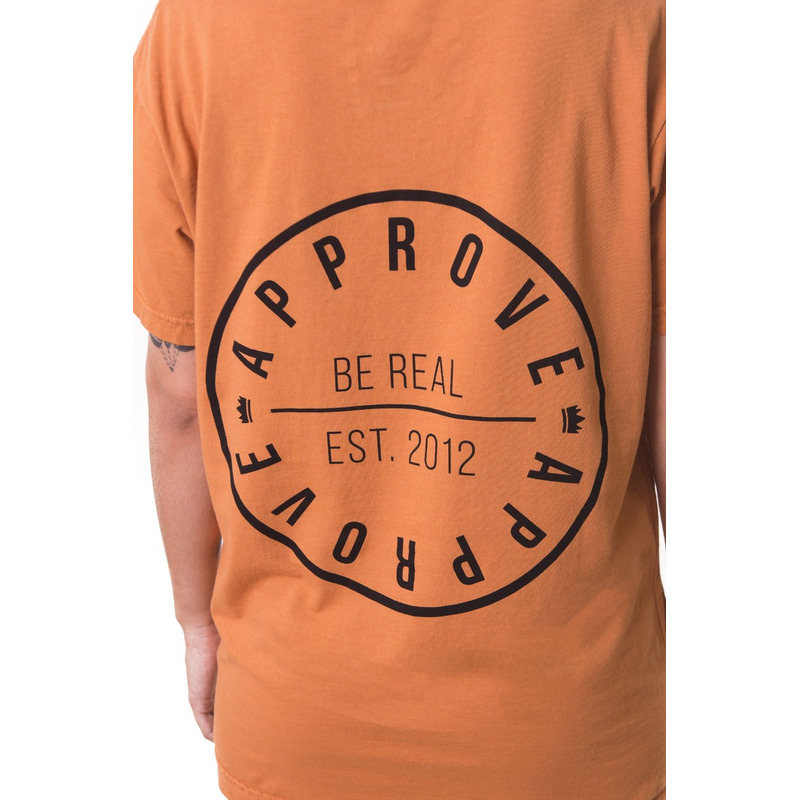 CAMISETA APPROVE BE REAL CARAMELO